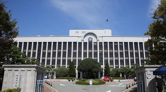진주 아파트 방화살인범, 안인득 국민참여재판 사형 선고