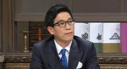 '논객' 진중권, 동양대 교수직 사직... '조국 사태'가 원인이다?